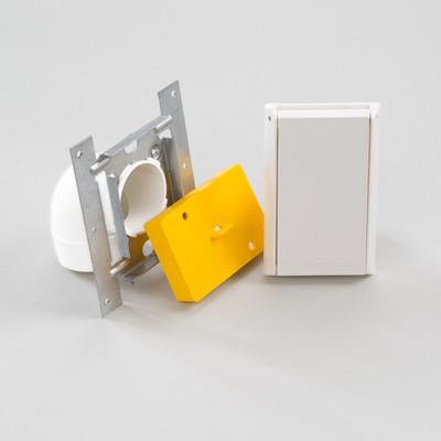 CF-Saugdose Einbaukit: Für jeden Einbauwunsch die passenden Teile. Sichere Verbindung mit dem Saugschlauch, dank Stiftkontakte. Stabile Installation mit Hilfe des Montagerahmens aus Stahl. Maße Saugdose: 11,5 cm x 7,0 cm