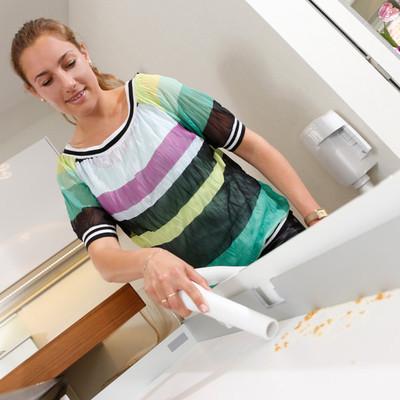 Wally Flex für Zentralstaubsauger, das handliche Wandgerät ist ideal für Küche, Ankleide, Werkstatt...